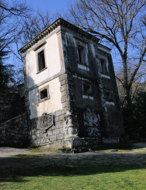 A crooked house at Bomarzo